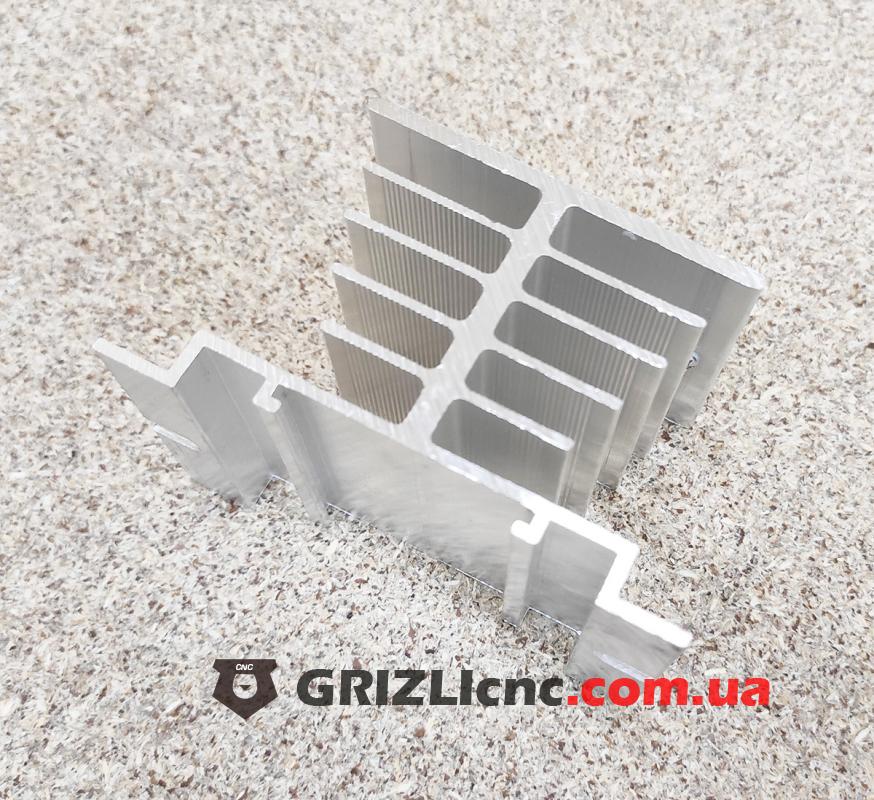 Алюминиевый радиатор для твердотельного реле SSR | Фото: 1