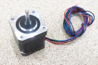 Шаговый двигатель Nema17 0.55Nm 1.7А d5mm